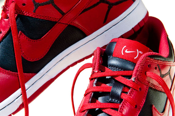product-red-x-nike-dunk-low-1